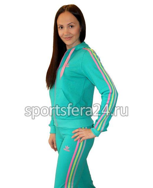 Фото женского спортивного костюма из хлопка