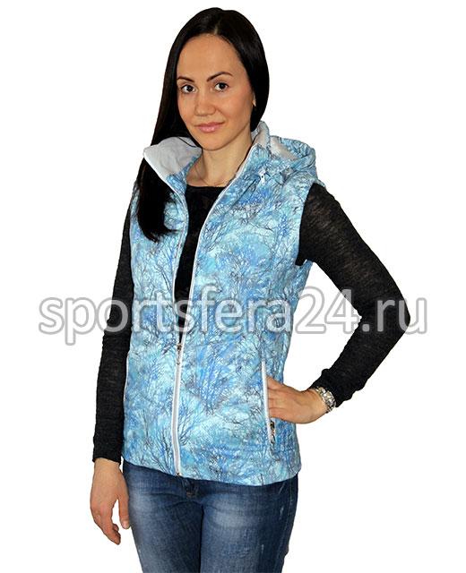 Фото женского утепленного жилета с голубым принтом
