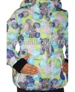 Фото зимней куртки, трикотажный манжет с отверстием под большой палец